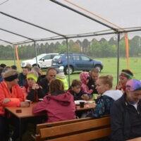 Uczestnicy rajdu podczas pikniku